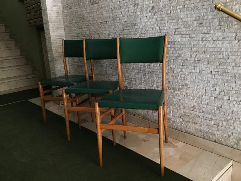 "Mid-20th Century Gio Ponti ""Leggera"" Chairs by Cassina 1951 Wood Original Coating, Italy For Sale"
