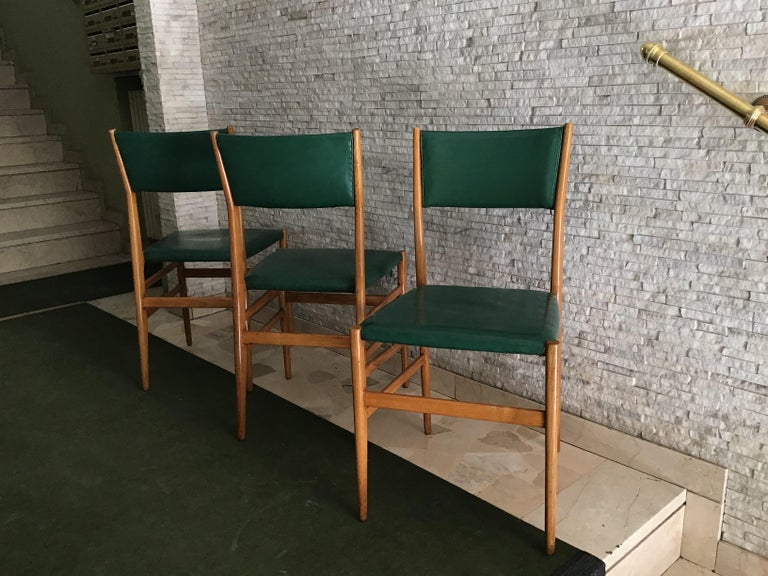 "Gio Ponti ""Leggera"" Chairs by Cassina 1951 Wood Original Coating, Italy For Sale 3"