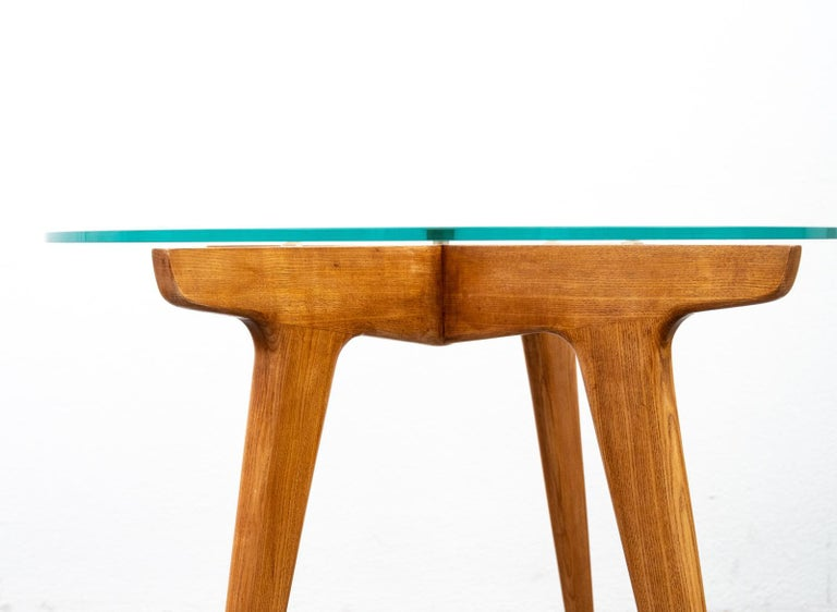 Mid-20th Century Gio Ponti Maple and Glass Circular Table For Sale