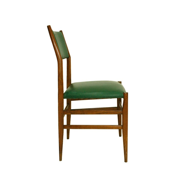 Gio Ponti Mid-Century Modern Ashwood Leggera Italian Chairs, 1950s In Good Condition For Sale In Madrid, ES