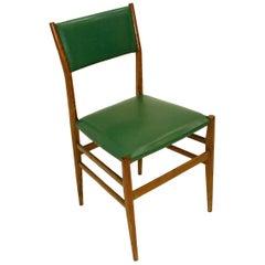 Gio Ponti Mid-Century Modern Ashwood Leggera Italian Chairs, 1950s