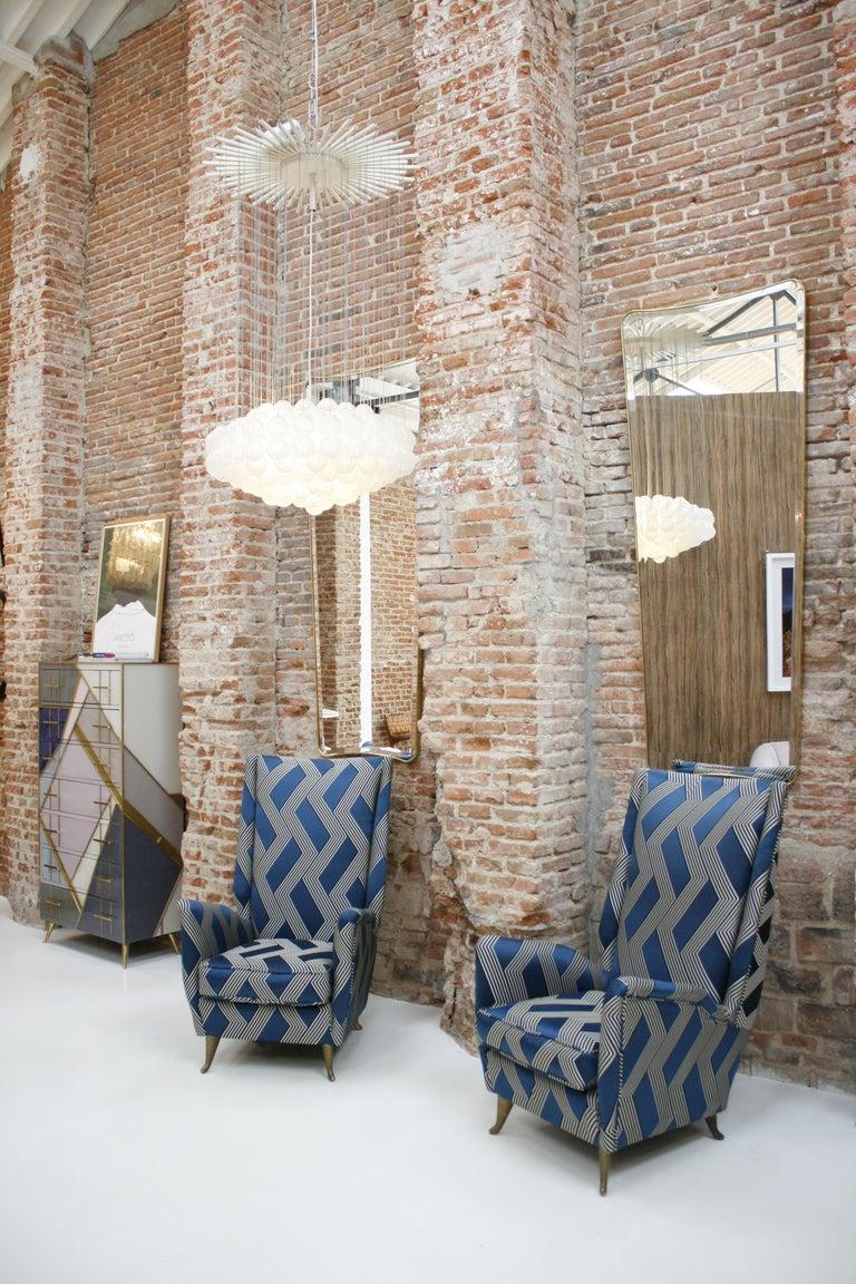 Gio Ponti Mid-Century Modern Pair of Wood Satin Fabric Italian Armchairs For Sale 6