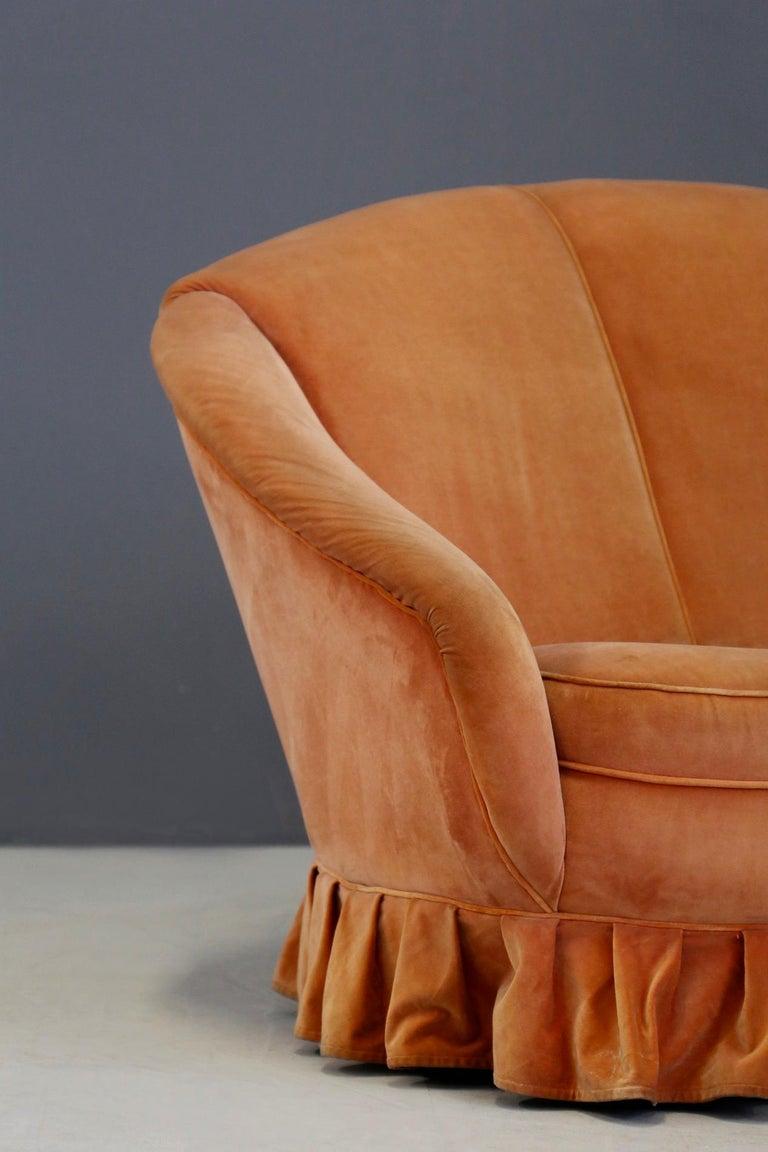 Gio Ponti Midcentury Sofa in Orange Original Velvet, 1930s In Good Condition For Sale In Milano, IT