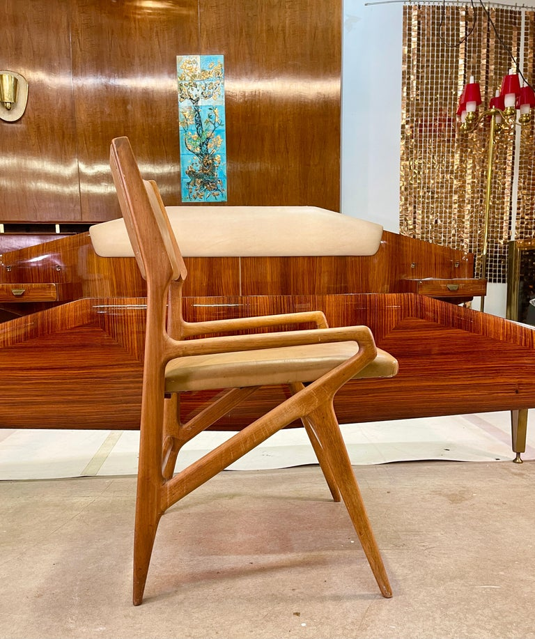 Gio Ponti Model 688 Chair For Sale 6