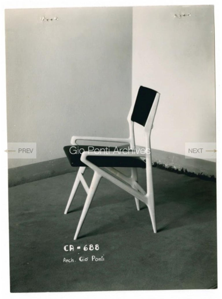 Mid-Century Modern Gio Ponti Model 688 Chair For Sale