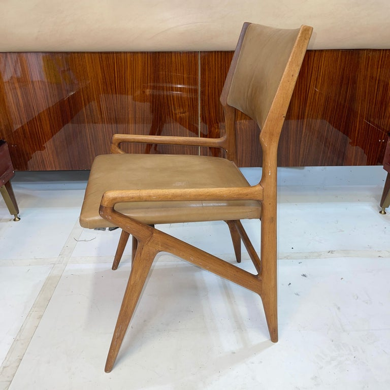 Italian Gio Ponti Model 688 Chair For Sale