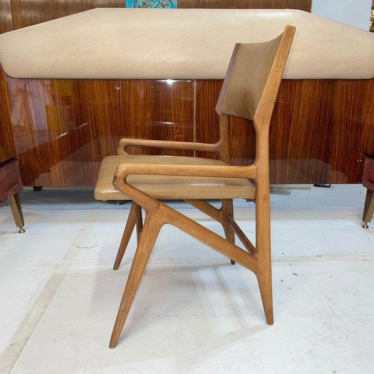Gio Ponti Model 688 Chair In Good Condition For Sale In Hingham, MA