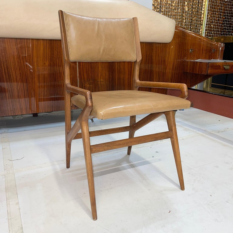 Mid-20th Century Gio Ponti Model 688 Chair For Sale