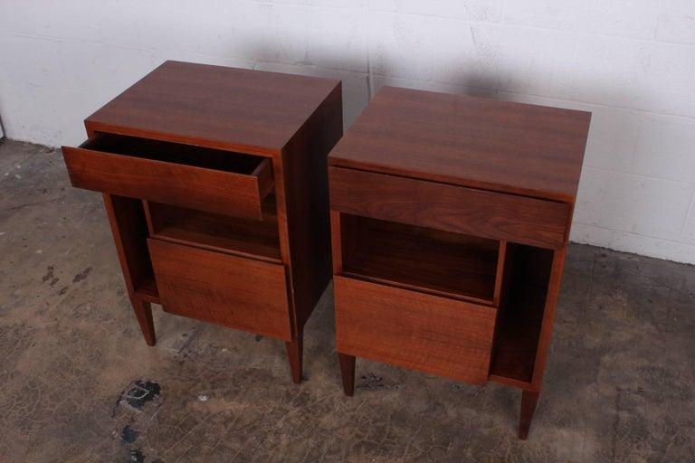 Gio Ponti Nightstands for Singer & Sons For Sale 1