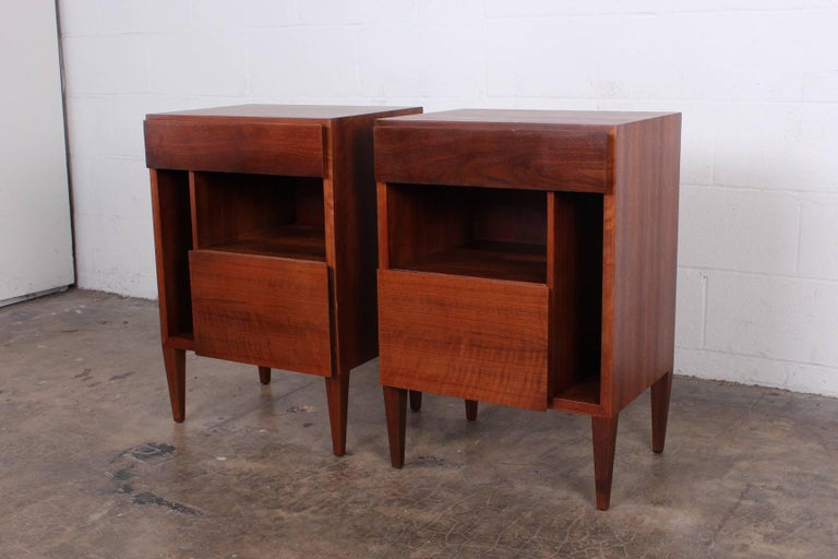 Gio Ponti Nightstands for Singer & Sons For Sale 3
