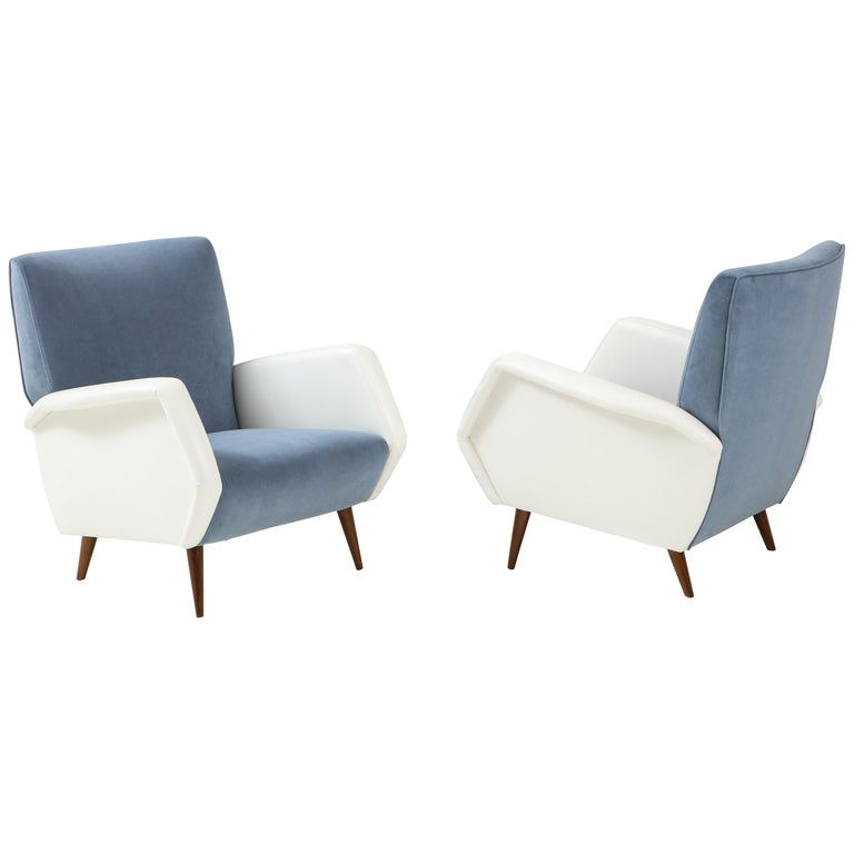 Gio Ponti Pair of Armchairs Model 803 For Sale
