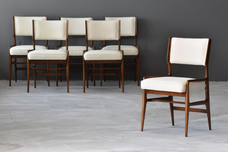 Mid-20th Century Gio Ponti Rare Dining Chairs, Walnut, Boucle by Figli di Amedeo Cassina, 1960s For Sale