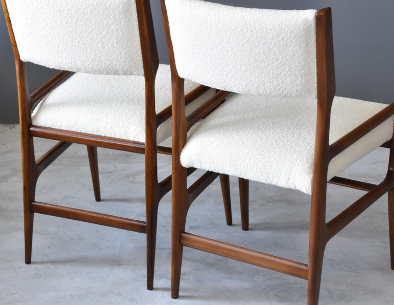 Gio Ponti Rare Dining Chairs, Walnut, Boucle by Figli di Amedeo Cassina, 1960s For Sale 2