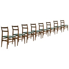 "Gio Ponti Set of Eight Ashwood and Green Leather ""Leggera"" Italian Chairs, 1960s"