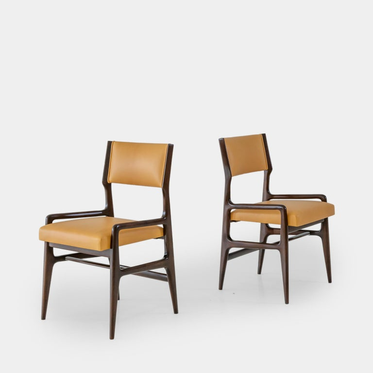 Gio Ponti Set of Four Rare Dining Chairs In Good Condition For Sale In Chappaqua, NY