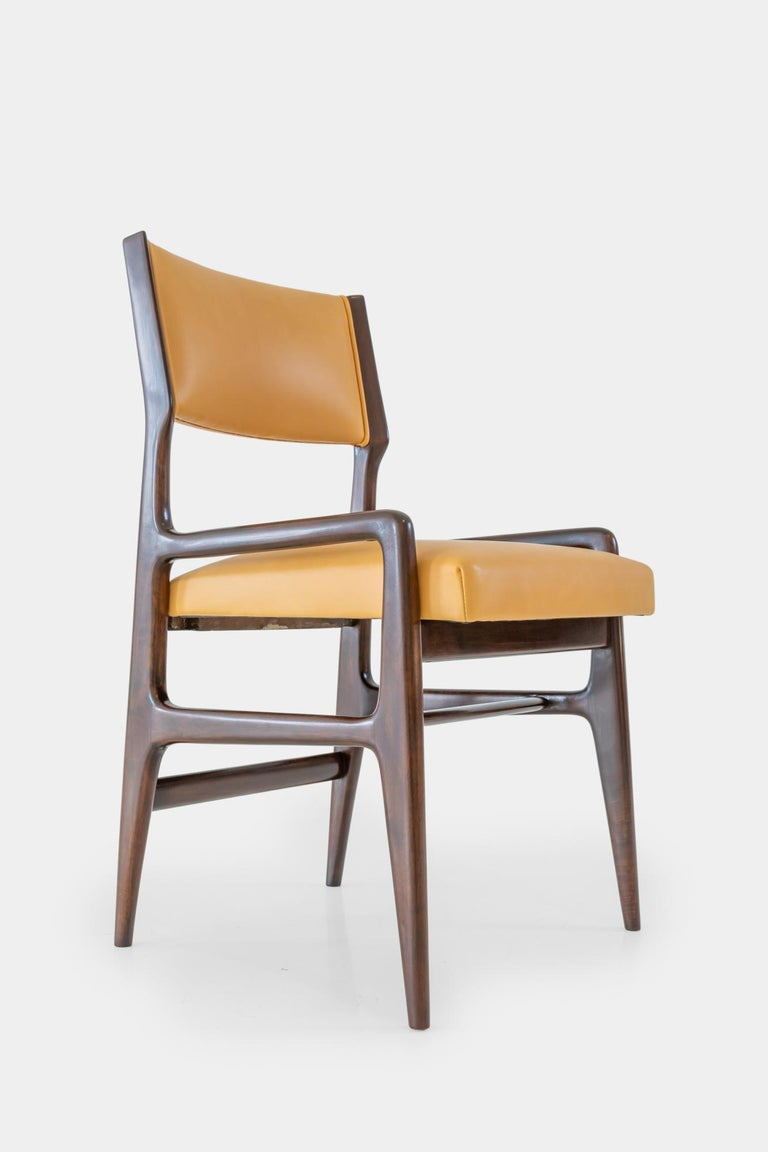 Gio Ponti Set of Four Rare Dining Chairs For Sale 1