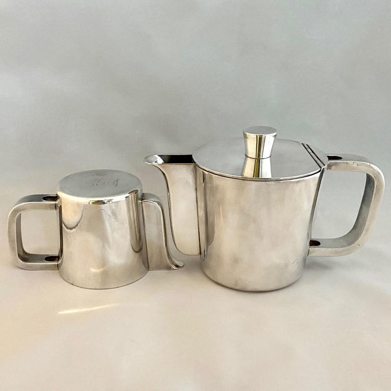 Gio Ponti Silver Plated Coffee Pot, Milk Jug and Egg Cups for Krupp, 1930s-1950s For Sale 2