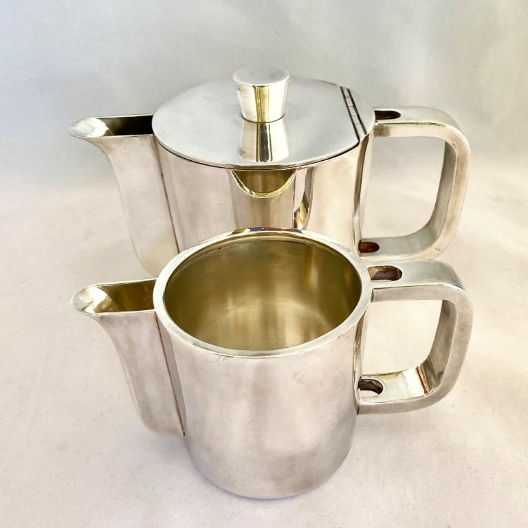 Gio Ponti Silver Plated Coffee Pot, Milk Jug and Egg Cups for Krupp, 1930s-1950s For Sale 1