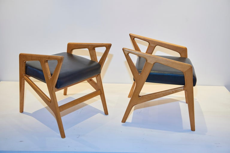 Gio Ponti Stools In Excellent Condition For Sale In Los Angeles, CA