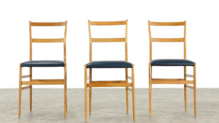 Gio Ponti Superleggera Set of Five Leather Dining Chairs Cassina, Italy, 1958 For Sale 2