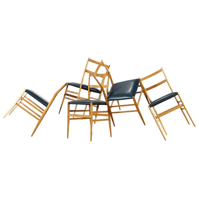 Gio Ponti Superleggera Set of Five Leather Dining Chairs Cassina, Italy, 1958 For Sale