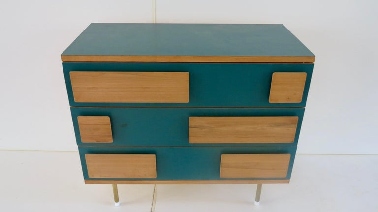Mid-Century Modern Gio Ponti Three Drawers Green Cabinet from Hotel Parco dei Principi, Rome, 1964 For Sale