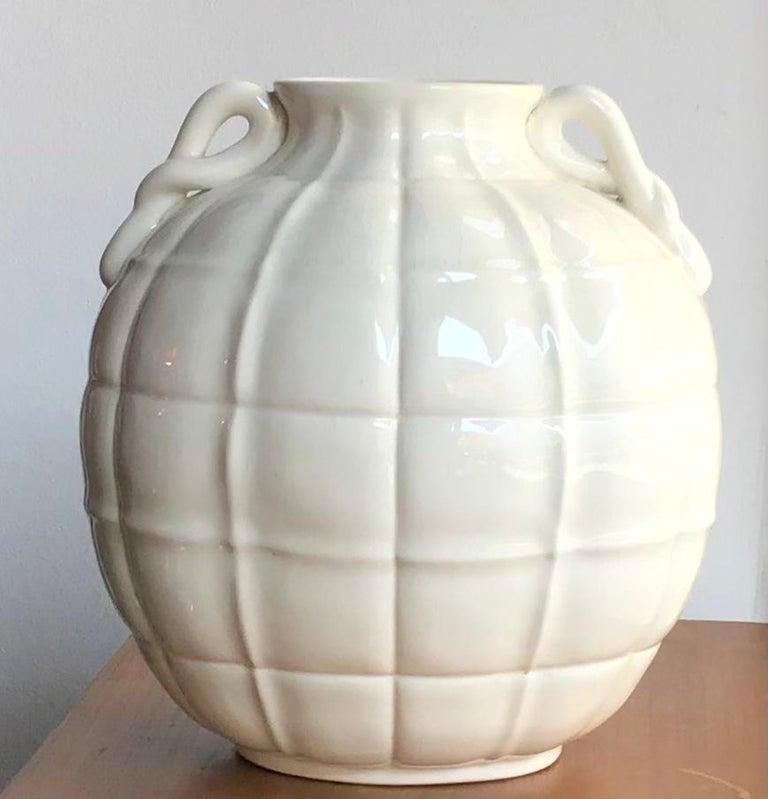 Gio' Ponti vase ceramic 1929 Italy.