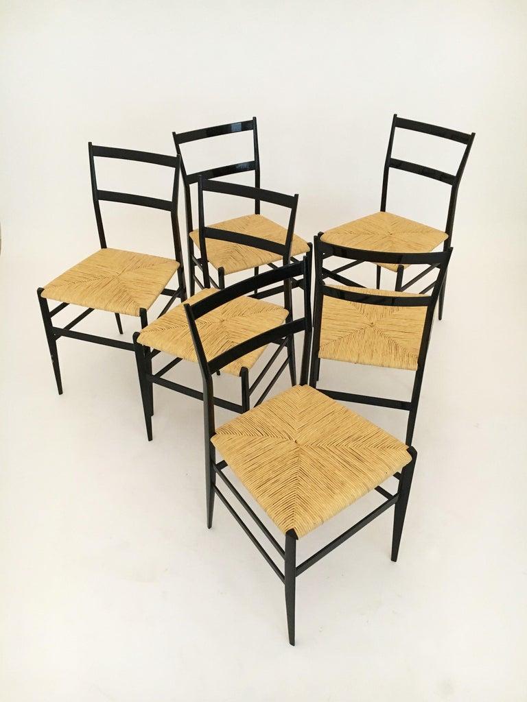 Gio Ponti Vintage Superleggera Set of Six Dining Chairs Cassina, Italy, 1958 For Sale 5