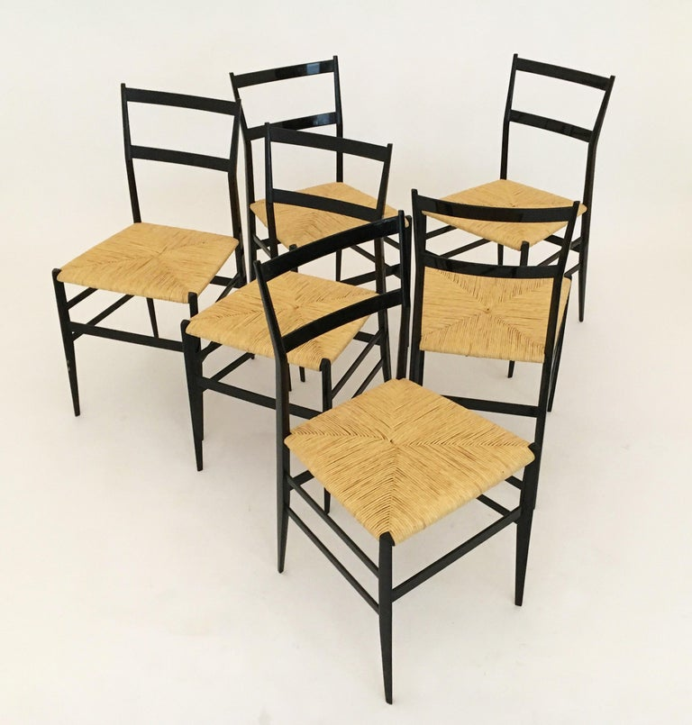 Gio Ponti Vintage Superleggera Set of Six Dining Chairs Cassina, Italy, 1958 For Sale 6
