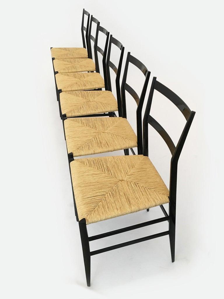 Gio Ponti Vintage Superleggera Set of Six Dining Chairs Cassina, Italy, 1958 For Sale 8