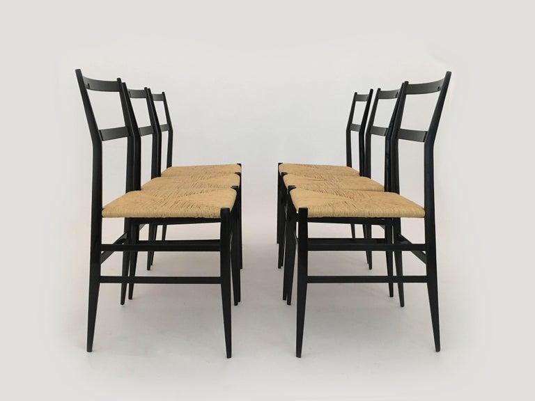 Mid-Century Modern Gio Ponti Vintage Superleggera Set of Six Dining Chairs Cassina, Italy, 1958 For Sale
