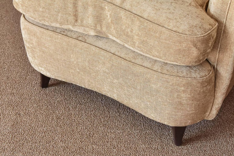 Mid-20th Century Gio Ponti, Lounge / Armchairs, Beige Velvet, Dark Beech Legs, Italy, 1940s For Sale
