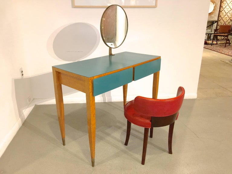 Vanity dressing table with adjustable gilt bronze framed Fontana Arte round mirror and brass sabots, by Gio Ponti from the Parco dei Principi Hotel, Rome, Italy, ca. 1964.  Inscribed in pencil to underside 'Camera 103'   Manufacturer: Giordano