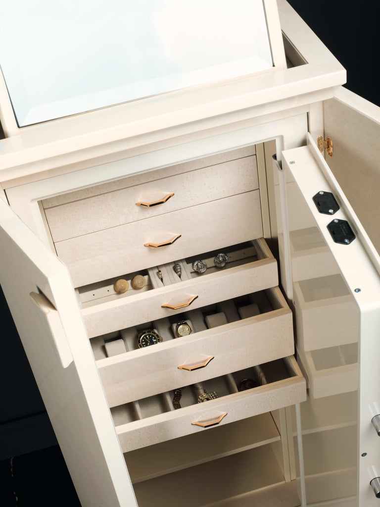 Agresti Gioia Bianca Contemporary Armoured Armoire Safe Chest  In New Condition For Sale In New York, NY