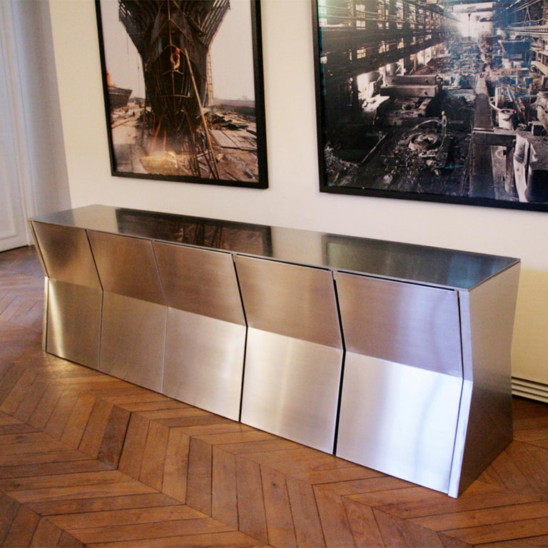 Gioia-Meller-Marcovicz, The Monolith, a Dining Table and Chairs For Sale 1