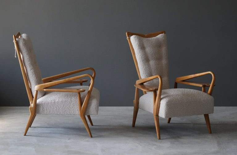 Giordano Forti 'Attribution', Pair of Lounge Chairs, Maple, Bouclé, Italy, 1940s In Good Condition For Sale In West Palm Beach, FL