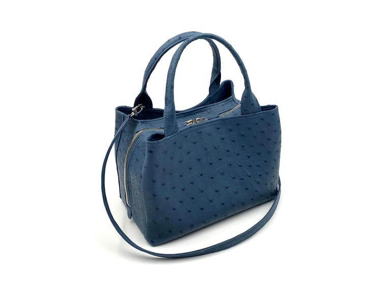Wonderful real ostrich handbag  Giorgio Santamaria, one of the master craftsman specialised in the manufacturing of this prestigious material Real ostrich leather Jeans color Double handle Two side compartments with magnetic closure Central