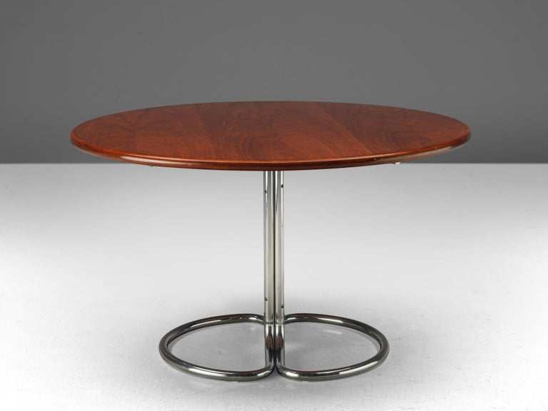 Italian Giotto Stoppino for Bernini Round Dining Table 'Maia' in Walnut and Metal For Sale