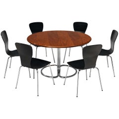 Giotto Stoppino 'Maia' Table in Walnut with Tapio Wirkkala 'Nikke' Dining Chairs