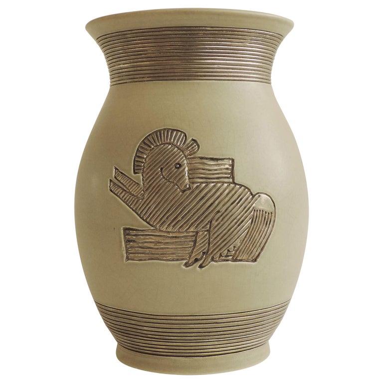 Giovanni Gariboldi Vase for Richard Ginori, Milano, Italy, 1930s For Sale