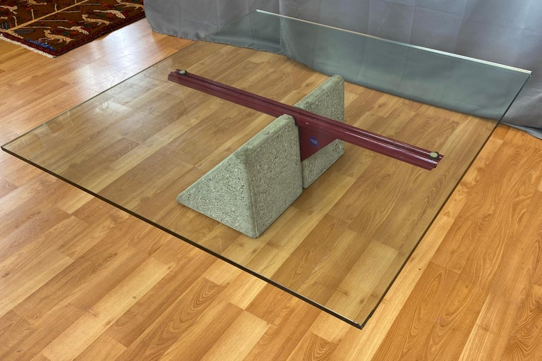 Late 20th Century Giovanni Offredi designed Concrete Coffee Table for Saporiti Italia  For Sale