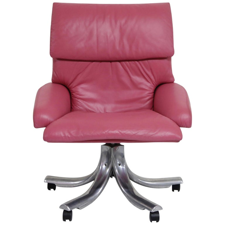 "Giovanni Offredi for Saporiti Italia Pink Leather ""Onda"" Executive Office Chair For Sale"