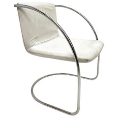 """Giovanni Offredi Leather White and Steel """"Lens"""" Chairs for Saporiti, Italy 1960s"""