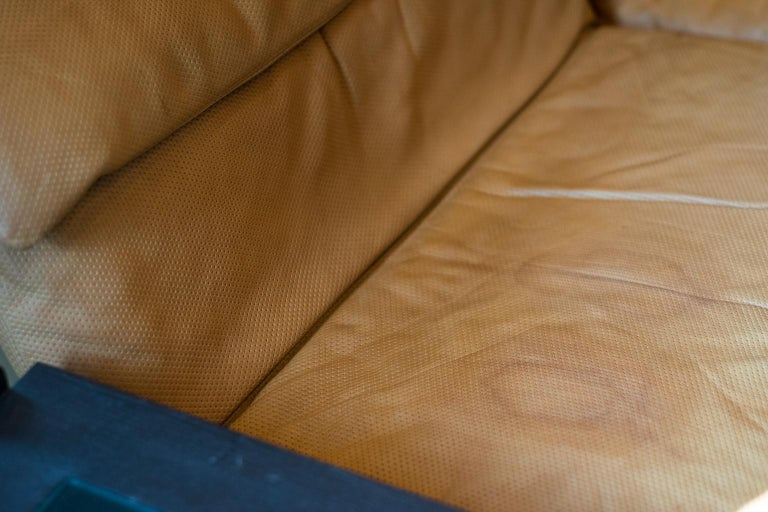 Giovanni Offredi 'Wave' Leather Sofa by Saporiti, Italy For Sale 3