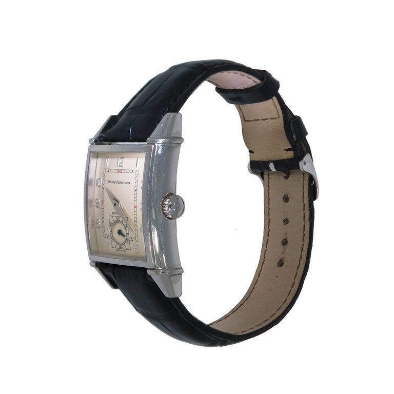 Girard-Perregaux Stainless Steel Vintage 1945 self-winding Wristwatch  In Excellent Condition For Sale In Greenwich, CT