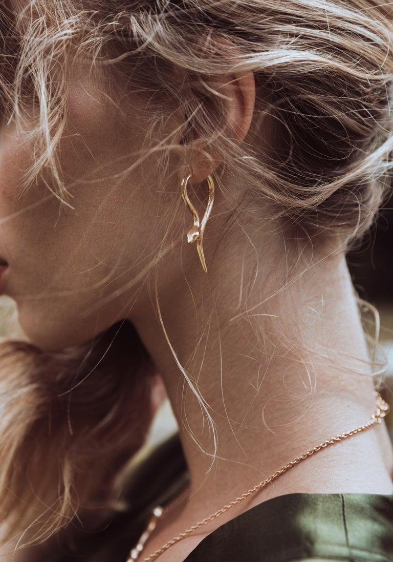 Giulia Barela Jewelry is handmade in the heart of Rome, Italy by master goldsmiths. All of our gold jewelry is unique. No two pieces are exactly the same because they are all handmade in gold. Giulia Barela designs her jewelry based on the beauty of
