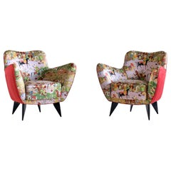 Giulia Veronesi Pair of Perla Armchairs in Chinoiserie Fabric, ISA Bergamo, 1952