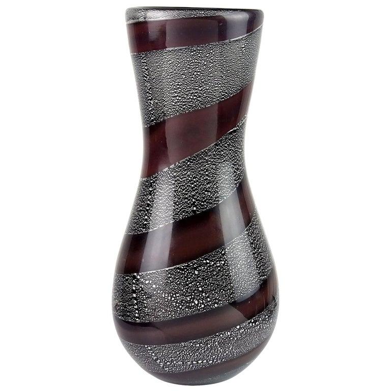 Giulio Radi A.Ve.M. Mauve Stripe Silver Leaf Black Italian Art Glass Flower Vase For Sale