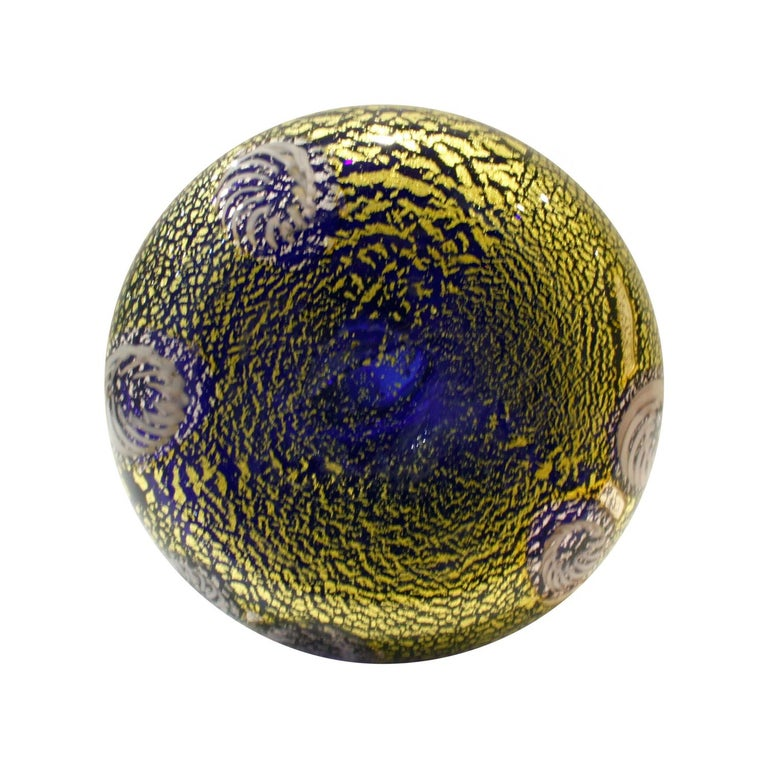 Giulio Radi Hand Blown Glass Vase with Murrhines and Gold Foil, circa 1950 In Excellent Condition For Sale In New York, NY