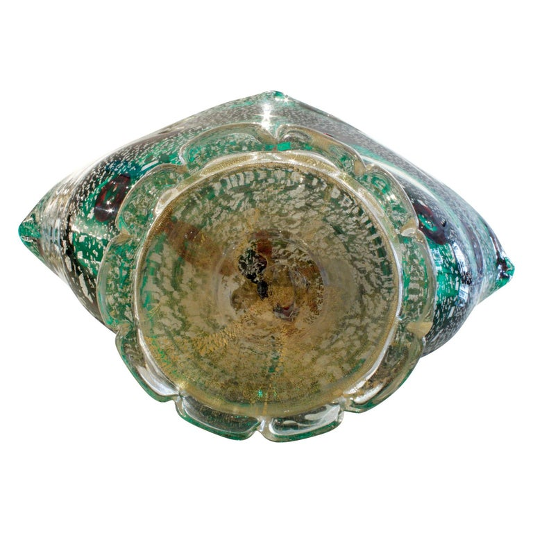 Giulio Radi Hand Blown Vessel with Silver and Gold Foil with Murrhines, 1940s In Excellent Condition For Sale In New York, NY